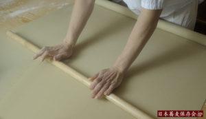 「上野藪蕎麦」のそば打ちの作業