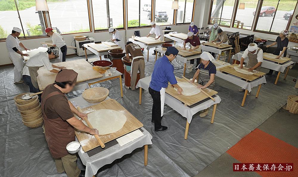 2016年6月29日、戸隠で開催した第三回、日本蕎麦伝統技能保持者講習会。